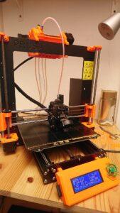 Ein Prusa 3D Drucker mit MMU-Erweiterung